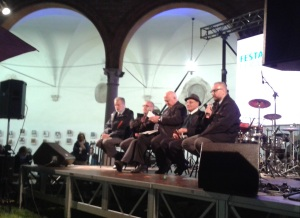 Da sx, Daniele Ravenna, Tiziano Tagliani, Riccardo Calimani, Rav Luciano Caro e Massimo Mezzetti