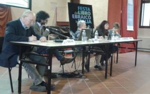 Da sinistra, Giacomo Todeschini, Luca Andreoni, Anna Esposito, Miriam Davide, Elisabaetta Traniello
