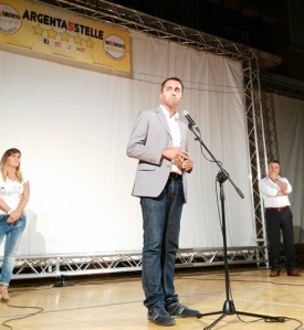 Luigi Di Maio sul palco di Argenta